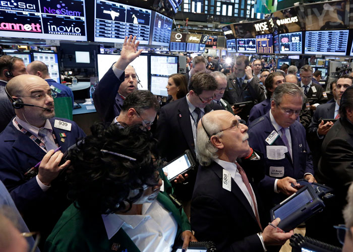 wall-street-trading-floor-hedgethink