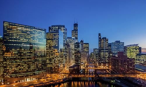 skyscraper chicago