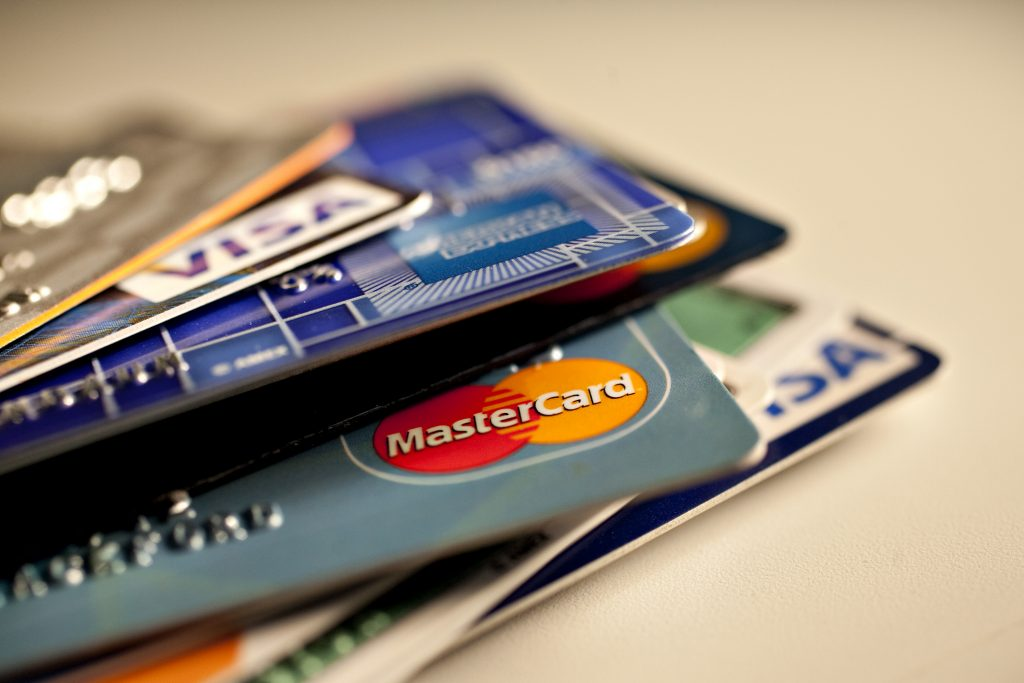Top 5 Islamic Credit Cards To Consider In The UAE