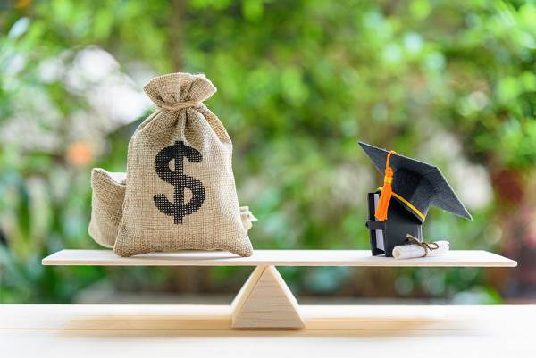 Master's Degrees to Help You Make Better Investments